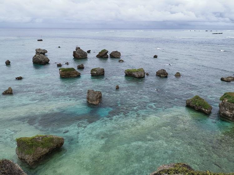 曇り空での宮古島の海