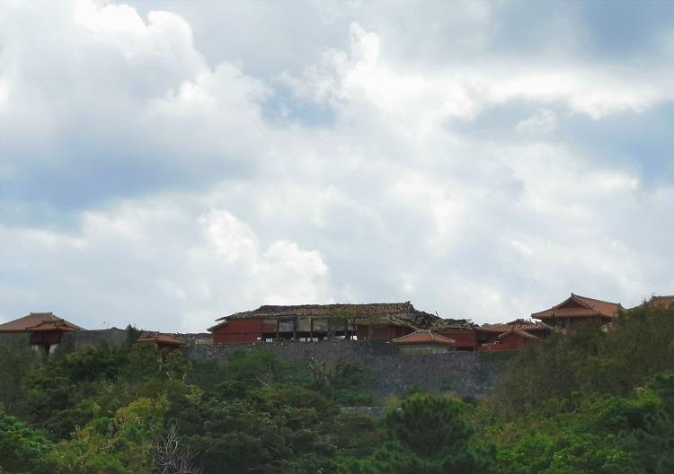首里城の全景
